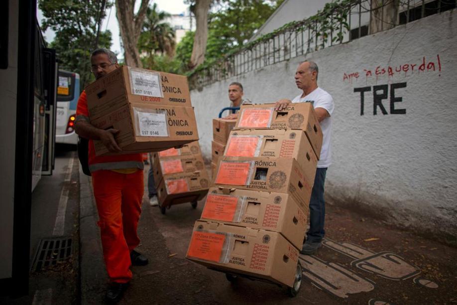 Com viés de alta para Bolsonaro e Haddad estacionado, últimas pesquisas apontam 2.º turno