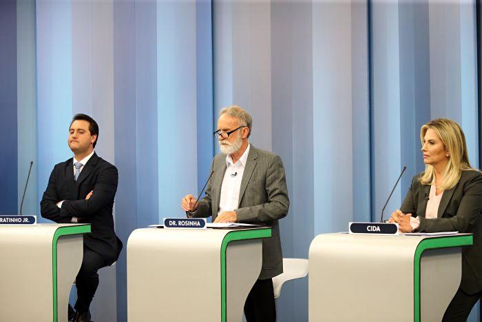 Concorrentes ao governo falam sobre derrota e cobram promessas de Ratinho