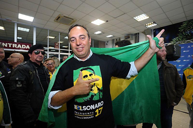 """Mais votado da história, Francischini minimiza 29 de abril: """"povo quer lei e ordem"""""""
