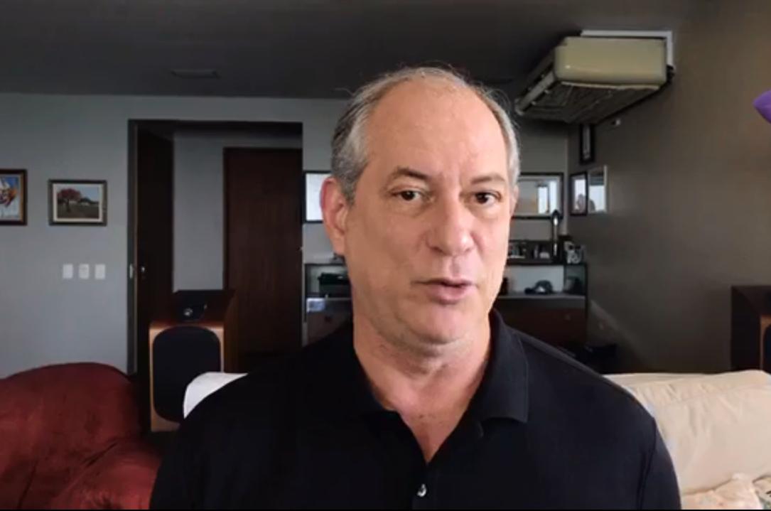 De volta ao Brasil, Ciro diz que não vai 'tomar lado' no segundo turno