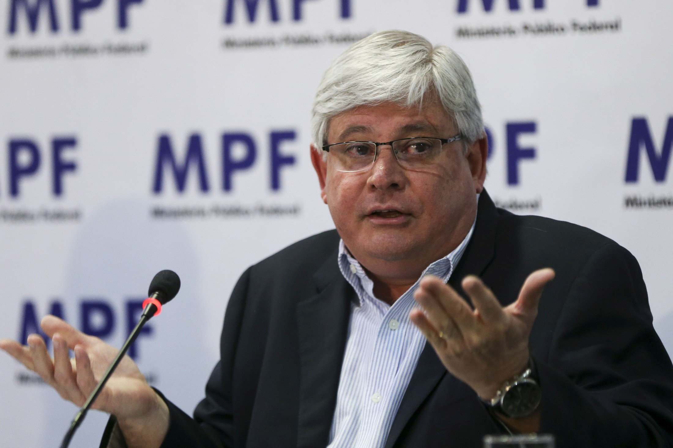 Rodrigo Janot declara voto em Fernando Haddad