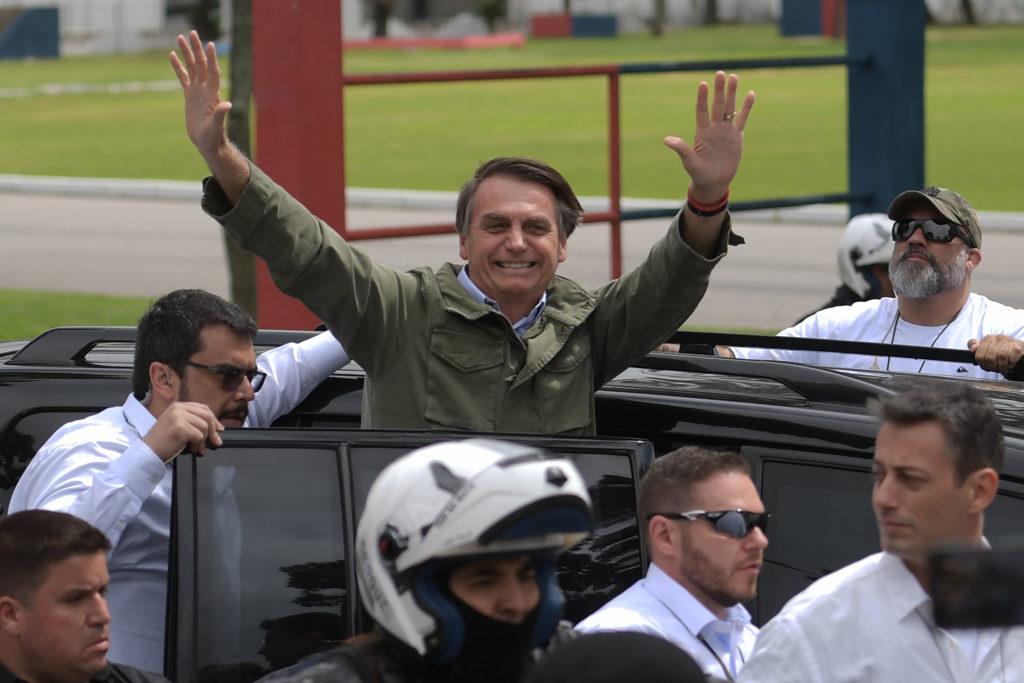 Mudança nos ministérios e privatizações: quais devem ser as primeiras medidas de Bolsonaro